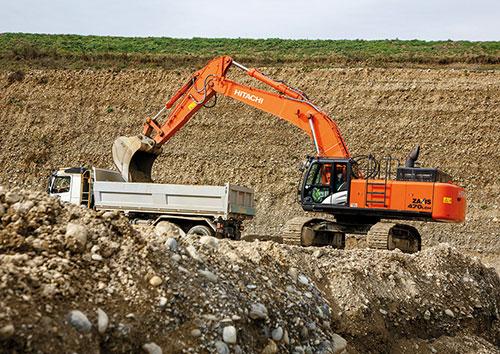 Lo ZX470LCH-5 di Hitachi non molla mai - case history cava escavatore escavatore cingolato escavatore gommato escavatori escavatori cingolati escavatori gommati Ginevra Hitachi Satigny Scrasa sito estrattivo sito produttivo ZX470LCH-5 -Construction&Movimento Terra Escavatori Notizie - MC5.0-Macchine Cantieri