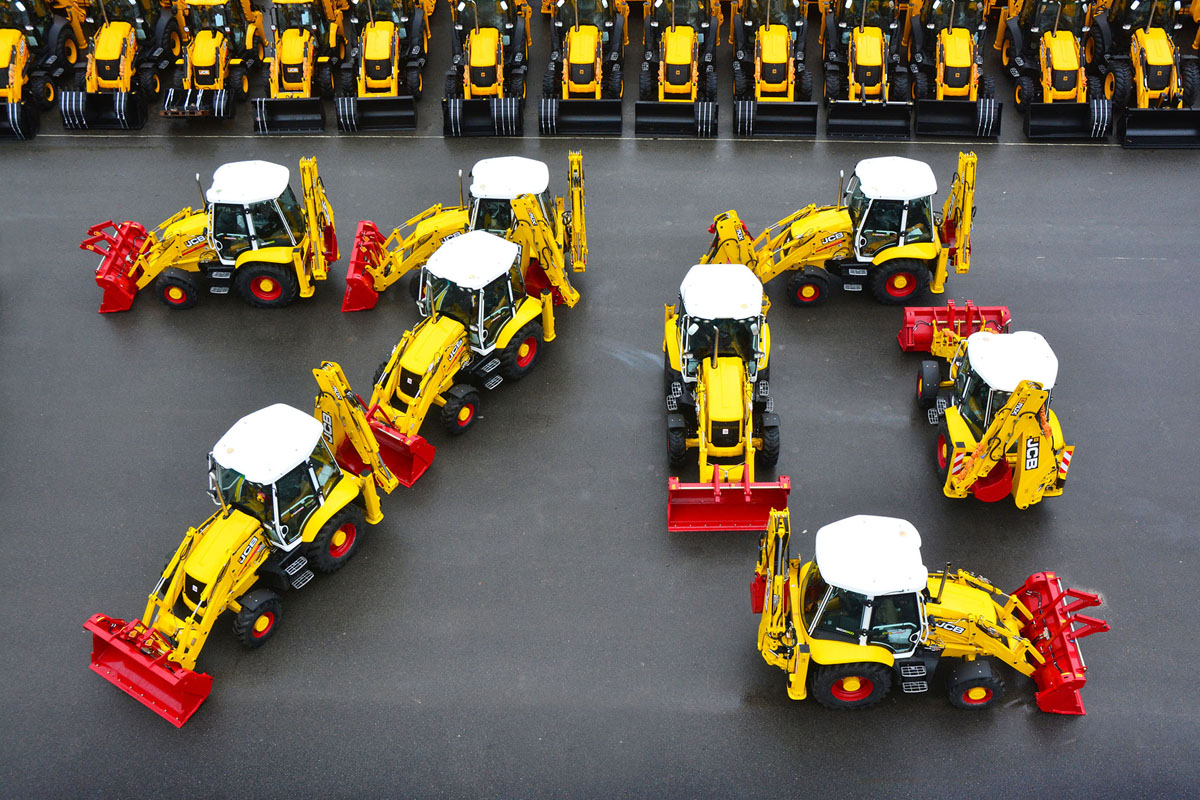 JCB: le terne Platinum - 70 anniversario JCB JCB terna Terna 3CX Terne -Construction&Movimento Terra Notizie Terne - MC5.0-Macchine Cantieri 1