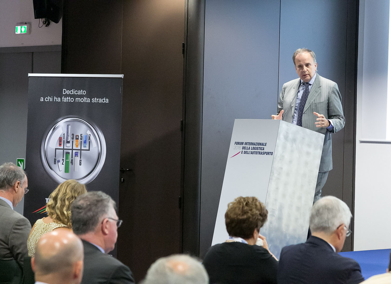 Autotrasporto e Logistica sono un'opportunità - Fiera Milano Forum Logistica e Autotrasporto UNRAE -Eventi Notizie - MC5.0-Macchine Cantieri 1