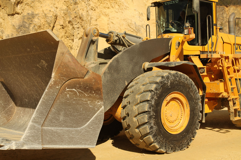 Michelin per le cave di Carrara - gomme Michelin cava Michelin XTXL E4****/L4*** pneumatici Michelin da cava -Componenti Notizie - MC5.0-Macchine Cantieri 2