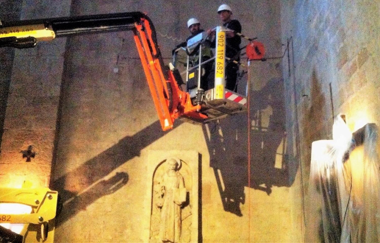 Una JLG X17J al lavoro in un monastero spagnolo -  -In quota Notizie Piattaforme aeree - MC5.0-Macchine Cantieri 1