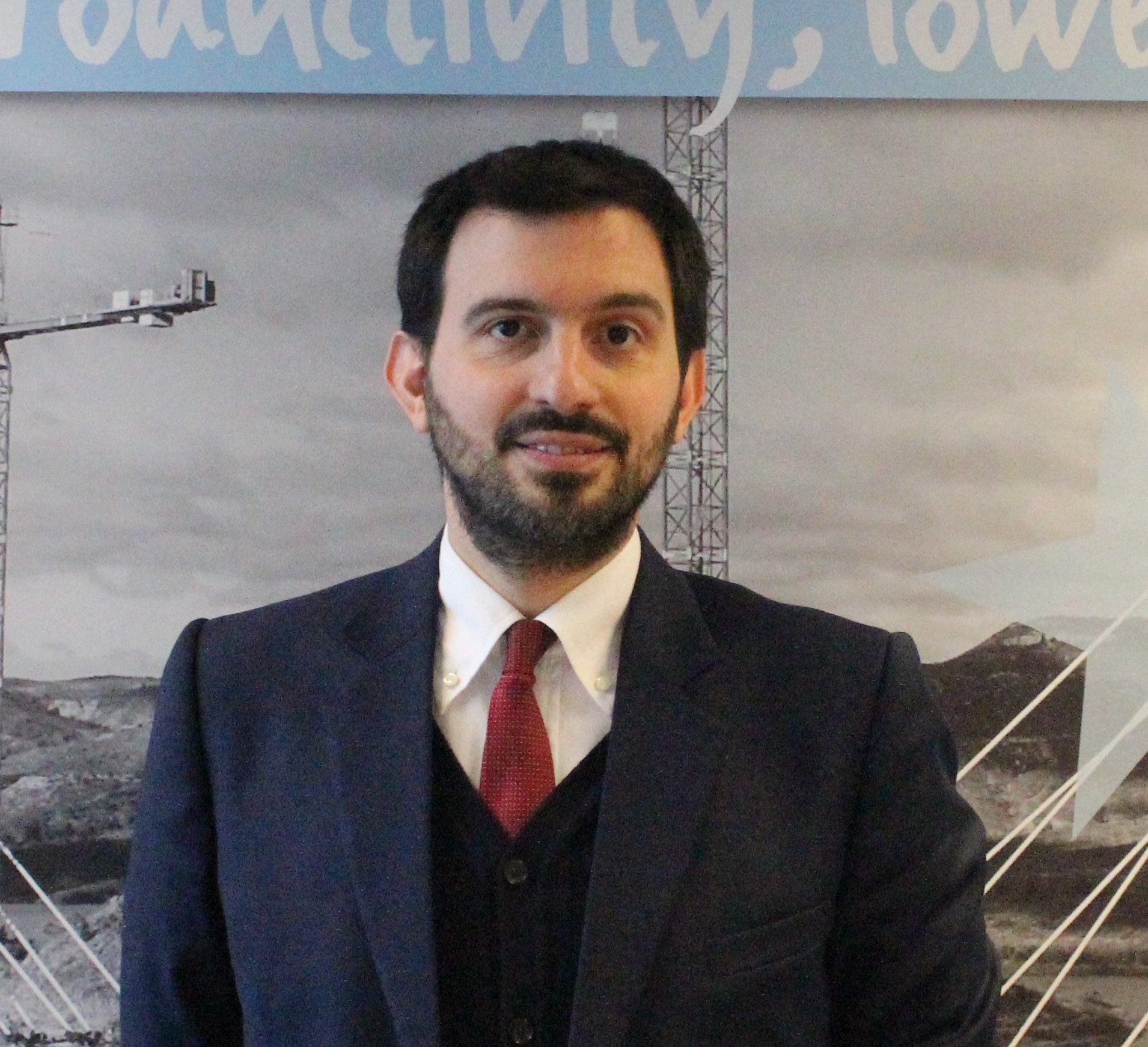 Riccardo Viaggi è il nuovo segretario del CECE -  -Notizie - MC5.0-Macchine Cantieri