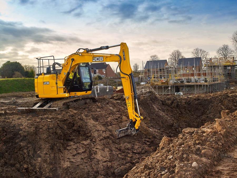Arriva il nuovo escavatore cingolato JCB JZ141 JZ141 JCB escavatori gommati escavatori cingolati escavatori escavatore gommato escavatore cingolato escavatore