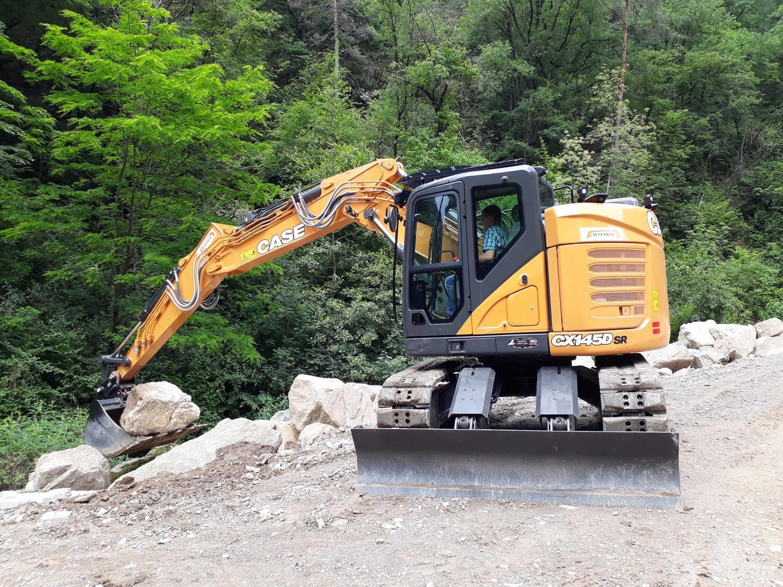 Un CASE CX145D SR al lavoro a Bolzano -  -Construction Escavatori Notizie - MC5.0-Macchine Cantieri