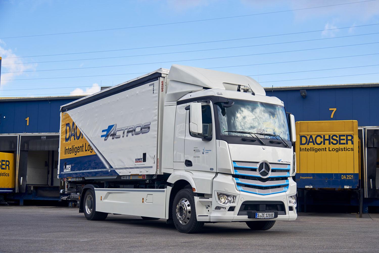 Un elettrico di Mercedes-Benz a Stoccarda - Dachser Daimler Trucks Mercedes-Benz veicoli commerciali -Notizie Veicoli industriali e leggeri - MC5.0-Macchine Cantieri 3