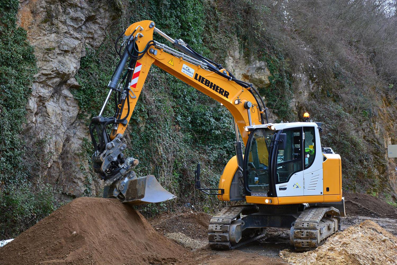 I compatti Liebherr per Montagnier TP - escavatore cingolato escavatori Liebherr Montagnier TP -Construction&Movimento Terra Notizie - MC5.0-Macchine Cantieri 2