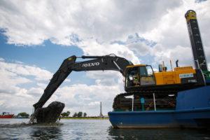 Doppio Volvo per il grano Volvo Penta Volvo CE Nibulon escavatori escavatore cingolato
