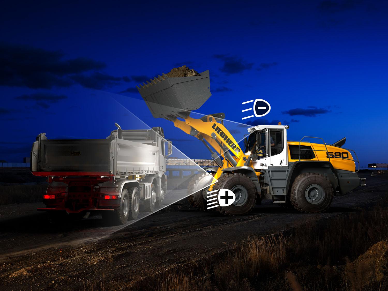Liebherr declina la sicurezza anche mediante la luce - Dowideit Recycling Liebherr pala gommata pale gommate -Construction&Movimento Terra Notizie - MC5.0-Macchine Cantieri 2