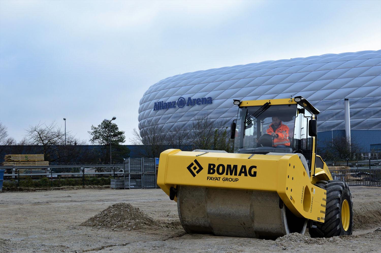 Bomag va allo stadio - Allianz Arena Bomag Bomag BW Compattazione rulli monotamburo -Notizie Stradali - MC5.0-Macchine Cantieri 2