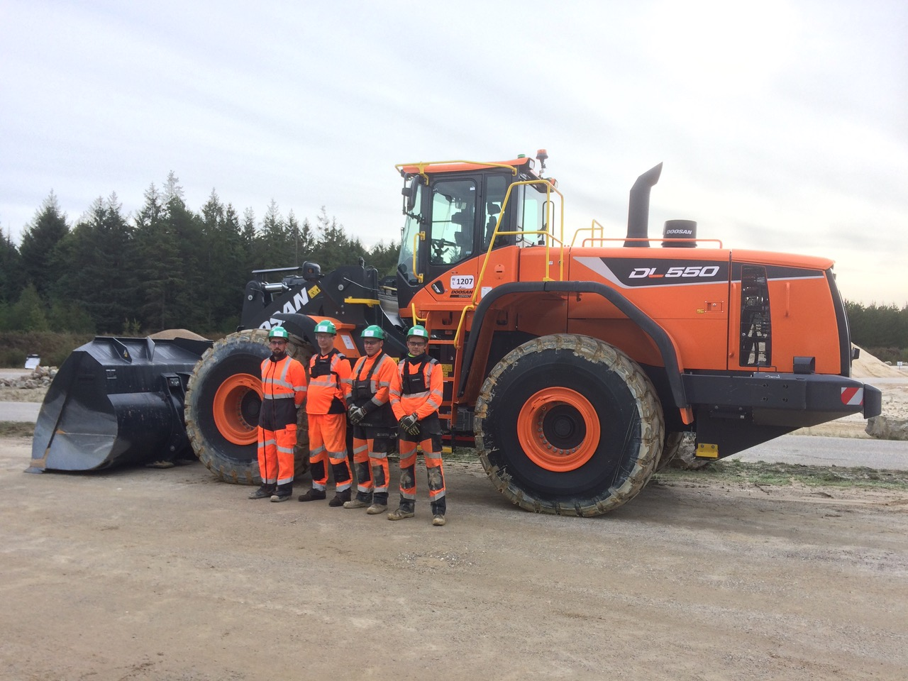 Cemex ha acquistato 100 nuove pale gommate Doosan - Cemex Doosan pala gommata -Construction&Movimento Terra Notizie - MC5.0-Macchine Cantieri